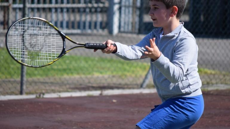 Jak nie zepsuć kariery dziecku grającemu w tenisa?
