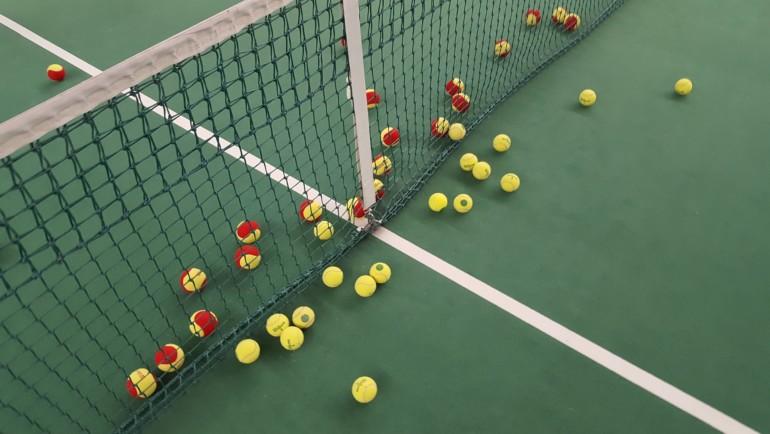 Jak zacząć grę w tenisa w 4 prostych krokach